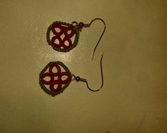 Hand tatted olive green and red squared earrings