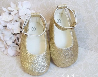 Gold Glitter Shoes, Gold Baby Shoes, Pink and Gold First Birthday Outfit, 1st Birthday Girl Outfit, Pink and Gold First Birthday