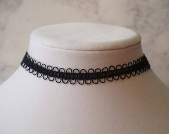 Black Looped Choker Necklace