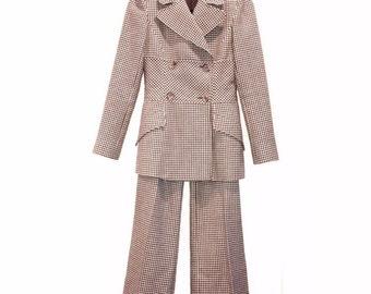 Valentino Pant Suit, Size 2, Gorgeous!