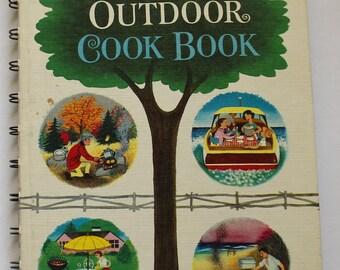 Vintage Betty Crocker's Outdoor Cookbook 1961