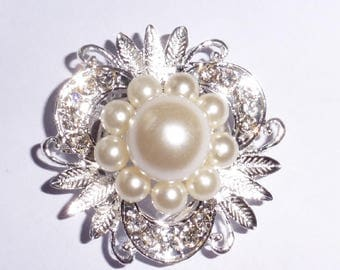 Lovely Silver Plated Brooch or Scarf clip. Rhinestones and faux pearl flower