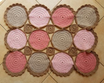 Mat/Mat pattern, ideal as a placemat, centerpiece or scatter rugs mat