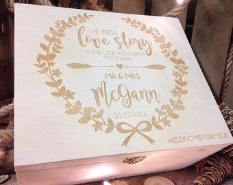 Wedding memory box / keepsake wedding gift / Memory box / Wedding gift  / Wooden keepsake box / personalised box / Wedding / Rustic wedding