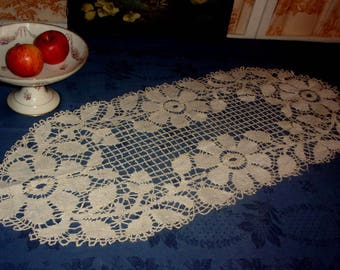 Great old doily lace to the zone or table runner