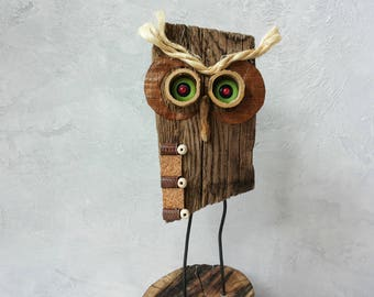Wood owl sculpture, Owl carving, Forest, Wood carving, Wood bird, Bird of prey, Home decor, Rustic decor, Wood owl, Driftwood, Predator