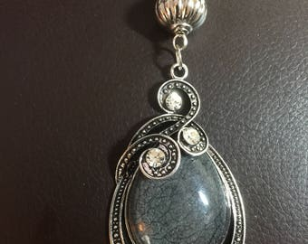 Scarf Pendant in grey and silver