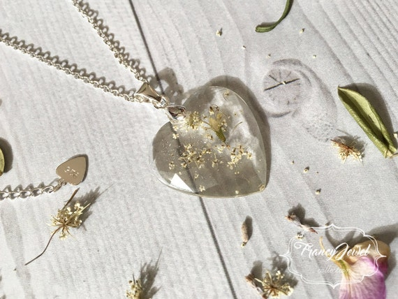OOAK jewel, silver necklace, unique flower resin necklace, dried flower resin pendant, real flower jewelry, made in Italy, Valentine's gift