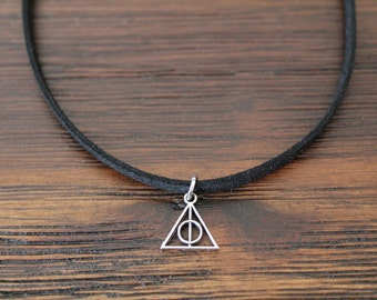Harry Potter necklace choker Deathly Hallows