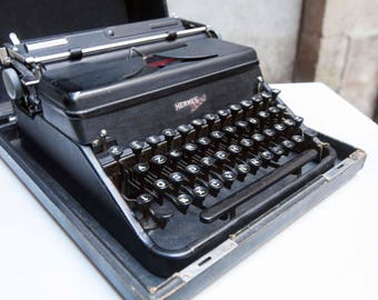 Hermes 2000 typewriter 1952 black in its box