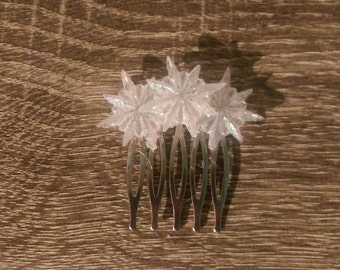 Snowflake hair pin