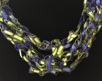 Ladder style scarf/necklace gr/bl