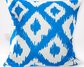 outdoor pillow cover,  designer's decorative pillow cover,  Lilly Pulitzer design