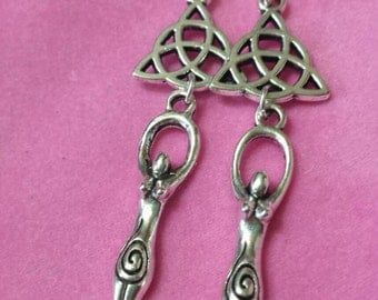 Goddess earrings and wiccan jewelry, wicca, paganism, triquetra, triquetra, Goddess, Pagan, Celtic