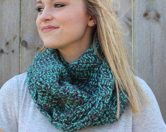 WINTER SALE!!! Teal and Gray Circle Scarf