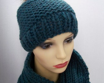 Tuque with pompon fur and scarf (snood) (teal) #305
