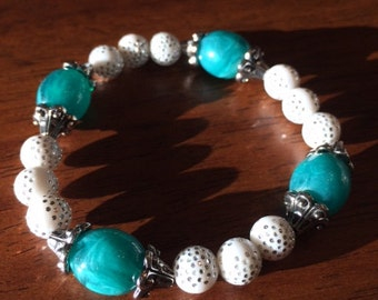 White and blue Beads Bracelet