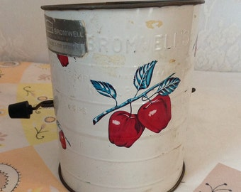 Vintage Bromwell Apple Flour Sifter