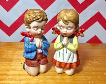 Vintage Praying Boy and Girl Figurine, Set of Two Kneeling Boy and Girl Figurine, Religious Collectible Figurine, Dutch Children Figurine