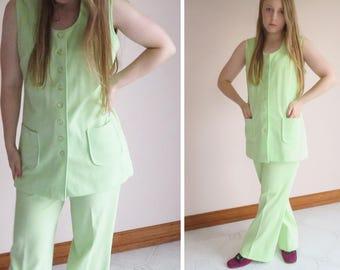 60s Citrus Crimplene Pant Suit / Lady Of Leisure Pale Lime Green Pleated High Waist Trouser Vest Twin Set Combo Mod Chic / Size 12