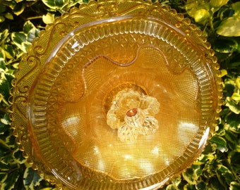 Vintage Art Glass Garden Flower