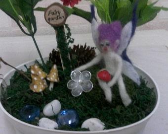 Fairy garden with felted fairy