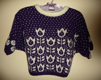 Пуловер ручного вязания с жаккардовым узором для девочки 4-6 лет