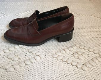 HOLD for *Jacintawalton* Vintage Cole Haan Brown 90s Italian Leather Loafers Size 7 1/2