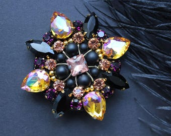 Mom gifts,Crystal brooch,Vintage style jewelry,Crystal broach,Emerald Crystal Brooch,Big Rhinestone Brooch,Handmade Jewelry,black crystals