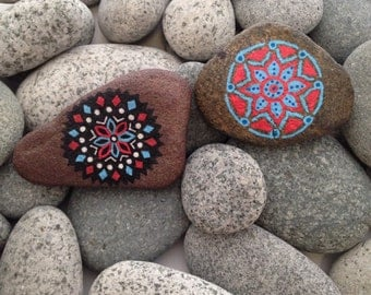 Painted rocks, painted stones, decorative rocks, piedras pintadas, hand painted stones, hand painted rocks, mandala rocks, mandala stones