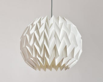 BREEZE paper origami lampshade – white