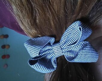 elastic with a pretty fabric bow