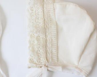 baby bonnet, 100% organic cotton, Baby Girl Bonnet . cotton baby bonnet . organic cotton baby bonnet, spring baby bonnet, bonnet.Lace bonnet