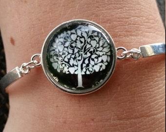 Cabochon Leafy Tree Bracelet