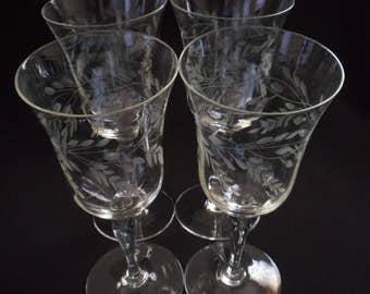 Etched Flower Set of Four Wine Stems Glasses