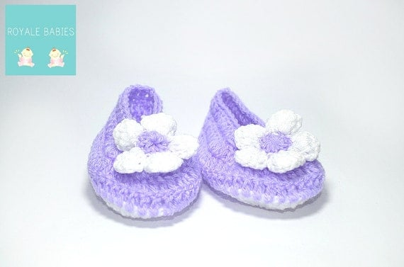 Purple and white kids shoes, Crochet Baby Booties & boots , unisex crochet booties, girl shoes , new born crochet shoes, purple color shoes