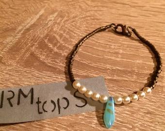 Nature bright beads, glass drop bracelet turquoise beads metallic, unique bracelet light beads, seed beads, metallic glamor in turquoise