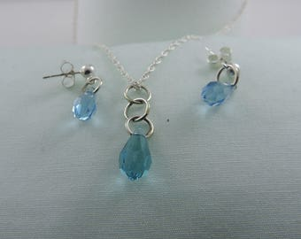 Swarovski Crystal Pendant and Earrings Set