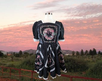 Square Dance Dress, Floral Womens Dress, Plus Size Dress, Country Western Dress, Fit and Flare, Full Skirt, Plus Size