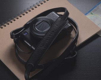 Personalized : Black leather camera strap neck handmade for mirrorless camera compact camera, adjustable length.