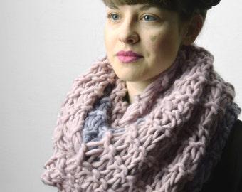 wool pink/gray infinity scarf, chunky wool shawl, circle scarf, handmade knitting wool shawl