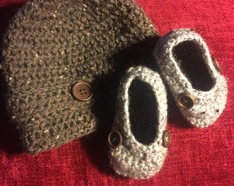 Crochet Newsboy Hat and Loafer Set