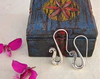 Silver earrings. Silver jewelry. Ethnic jewelry. Handcrafted Silver earrings.