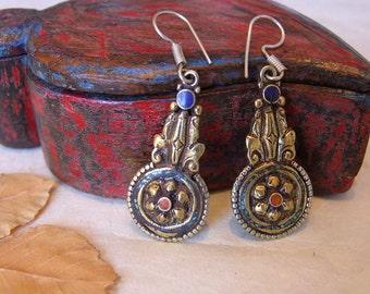 Earrings Tibetan. Outstanding ethnic. Jewellery ethnic. Tibetan jewelry. Ethnic Jewelry. Tibetan Jewelry. Tibetan earrings.