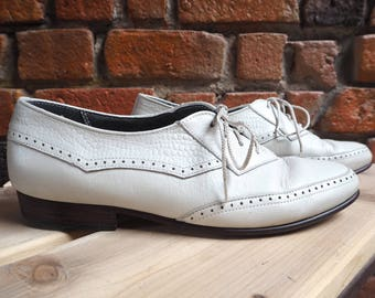 Women's 80s White Leather Lace Up Shoes Brogues Size US 10