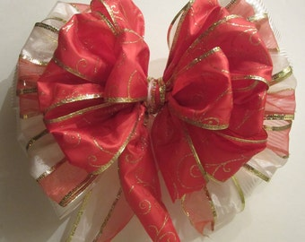 Charming Red, Gold, and White Wreath Bow