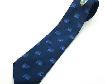 "1583-1983 Baxter Scotland Vintage Narrow 3"" Necktie Navy Crest Insignia Private School Look Made in the UK men's tie neckwear polyester"