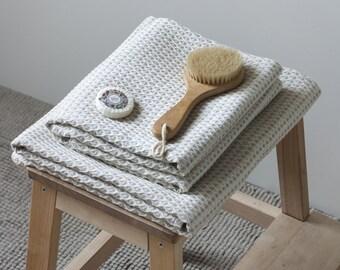 Natural Linen Bath Towel, Beige Linen Bath Sheet, Linen/Cotton Towel, Waffle Woven Towel, Rustic Linen Towel, Sauna Towel, Large Linen Towel