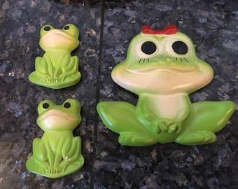 Vintage Chalkware Frogs