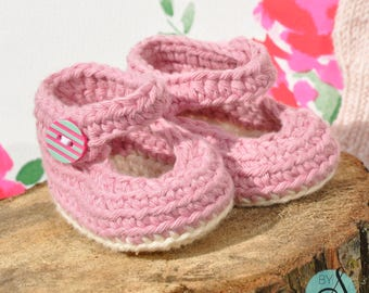 Pink  crochet mary jane baby shoes